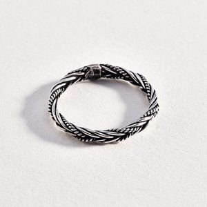 Jewelry - Small Sterling 925 Braided Ring